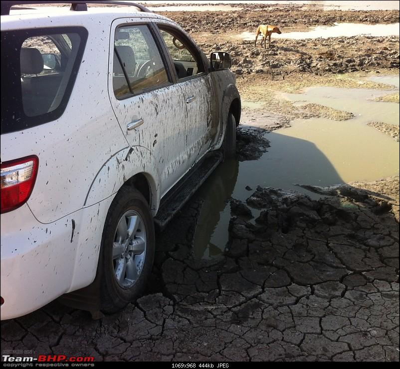 My BRUTE-FORT: Toyota Fortuner 4x4 M/T [Upgraded Brake Booster & A/T Tyres] EDIT: Now sold!-stuck-2.jpg