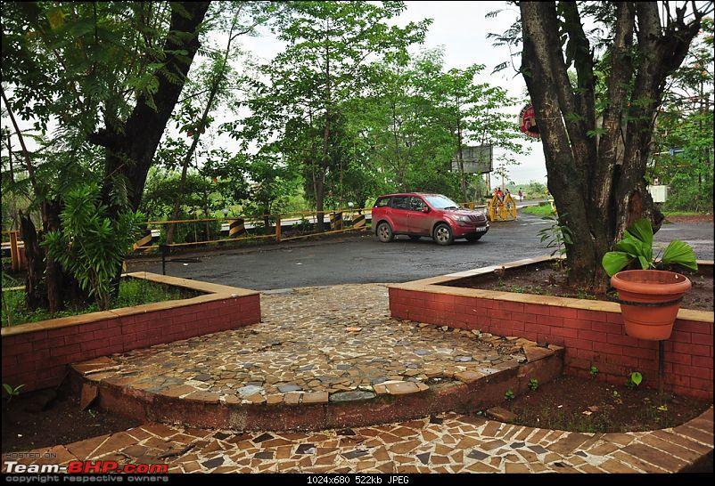 "The ""Duma"" comes home - Our Tuscan Red Mahindra XUV 5OO W8-dsc_0572.jpg"