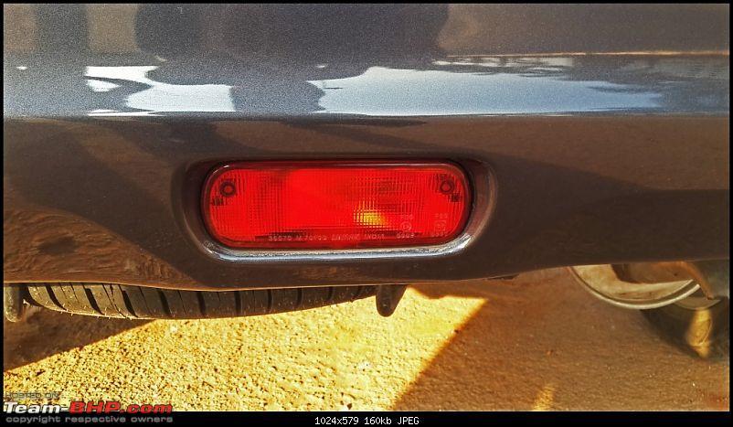 Tallboy welcomes longer companion: Maruti Ertiga VDi - 150,000 km up!-rear-fog-light.jpg