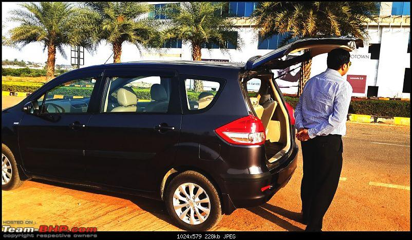 Tallboy welcomes longer companion: Maruti Ertiga VDi - 140,000 km up!-tailgate-height.jpg