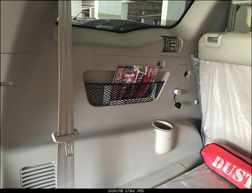 Ownership tales of the Orange Cheetah - 2015 Mahindra XUV5OO W10 FWD, 60000 km up-magazineholder.jpg