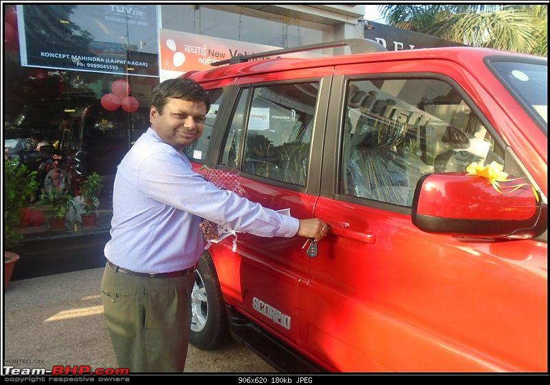 Raging Red Rover (R3) - My Mahindra Scorpio S10 4x4-delivery-pic-4-koncept.jpg