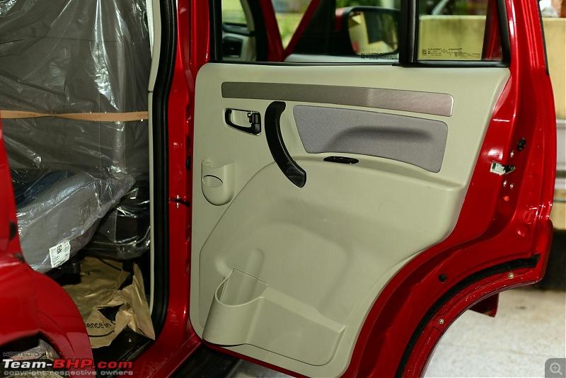 Raging Red Rover (R3) - My Mahindra Scorpio S10 4x4-pockets-niches-rear-door.jpg
