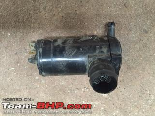 Name:  BalenoWindshieldWasherPump.JPG