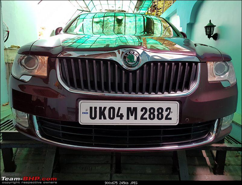 Skoda Superb - A tryst with destiny-skoda-superb-led-parking-lights-installed-13052018_10.jpg