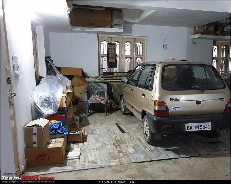 The love of my life - A 2000 Maruti 800 DX 5-Speed. EDIT: Gets export model features on Pg 27-garage0.jpg