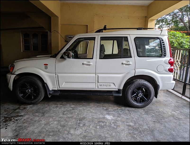 Back to basics! 5 years with a Mahindra Scorpio-paint-side.jpg