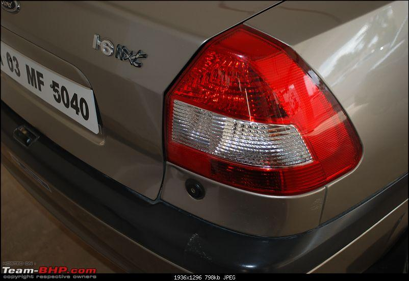 Ford Ikon 1.6 Nxt ZXI - 6 years, 72,000 kms-tail-lamp.jpg