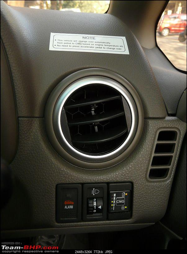 I bought a car that no one is buying! Maruti SX4 with factory-fit CNG!-cng-switch-1.jpg