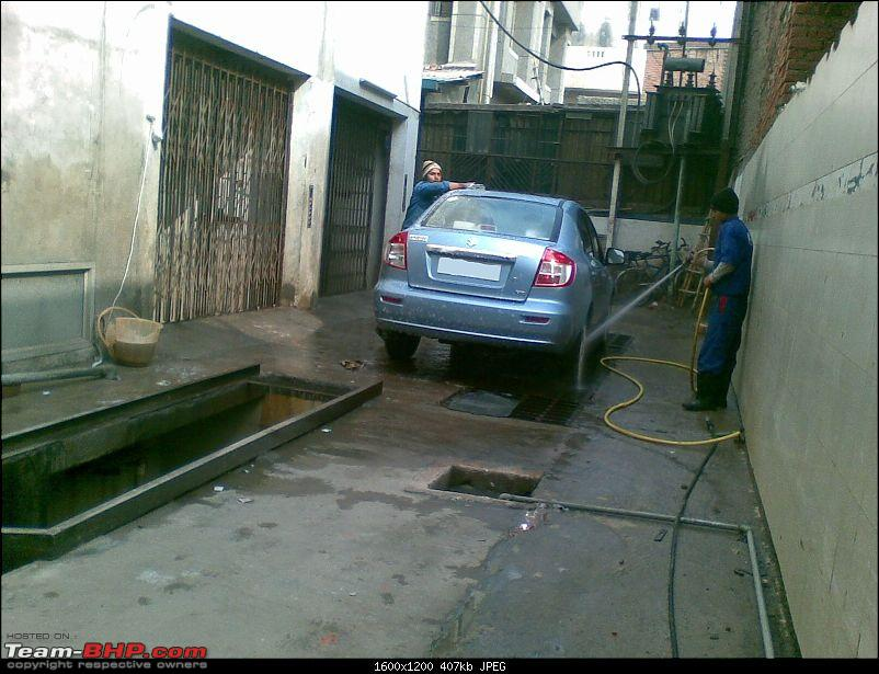 I bought a car that no one is buying! Maruti SX4 with factory-fit CNG!-shampoo-hose-down.jpg