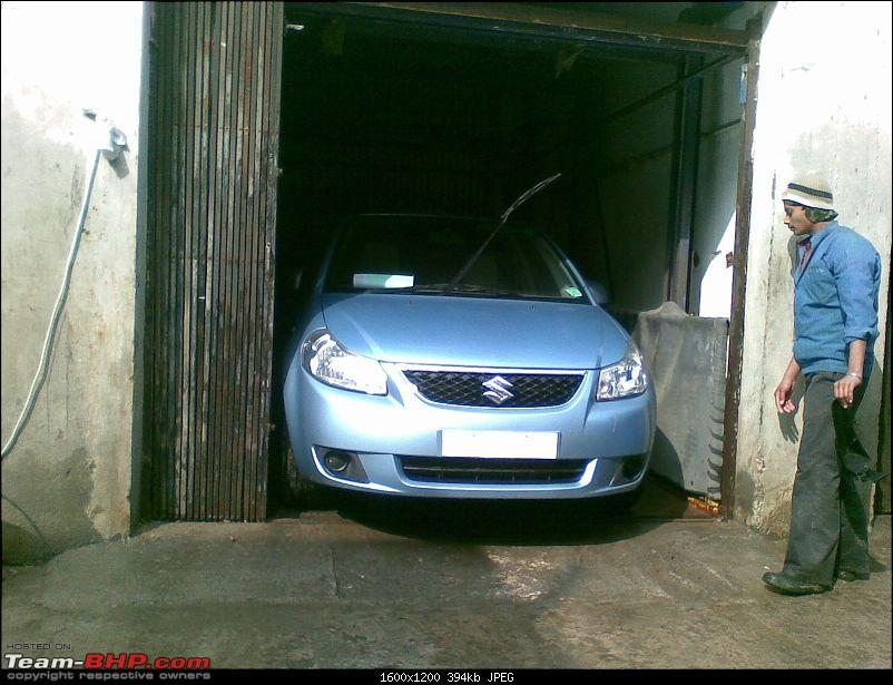 I bought a car that no one is buying! Maruti SX4 with factory-fit CNG!-tight-fit-phew.jpg