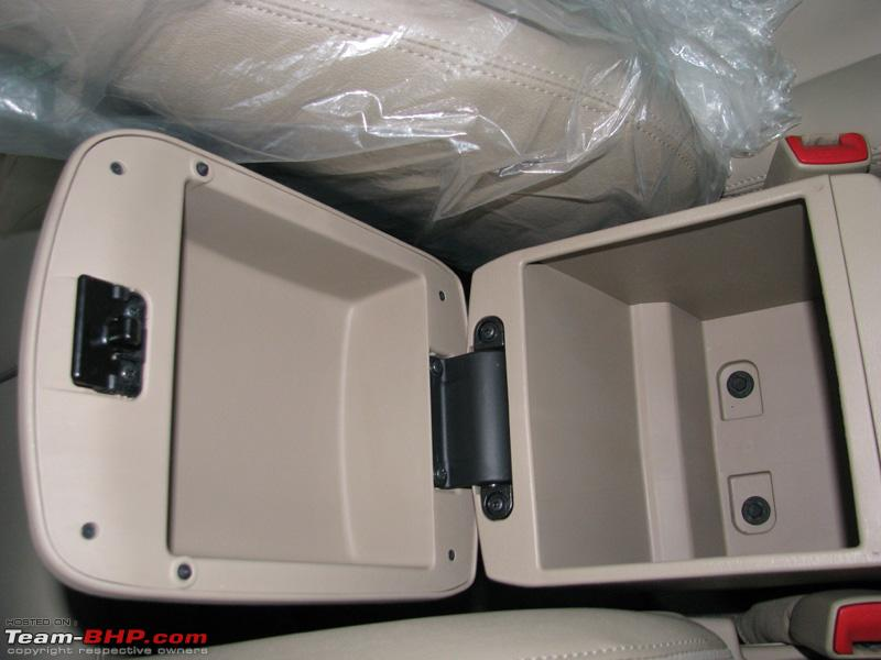 Name:  Center Armrest Storage.JPG