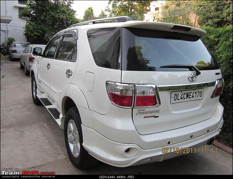Obelix, the Invincible Toyota Fortuner! 1,67,000 km and going strong!-fortuner-rear-view.jpg