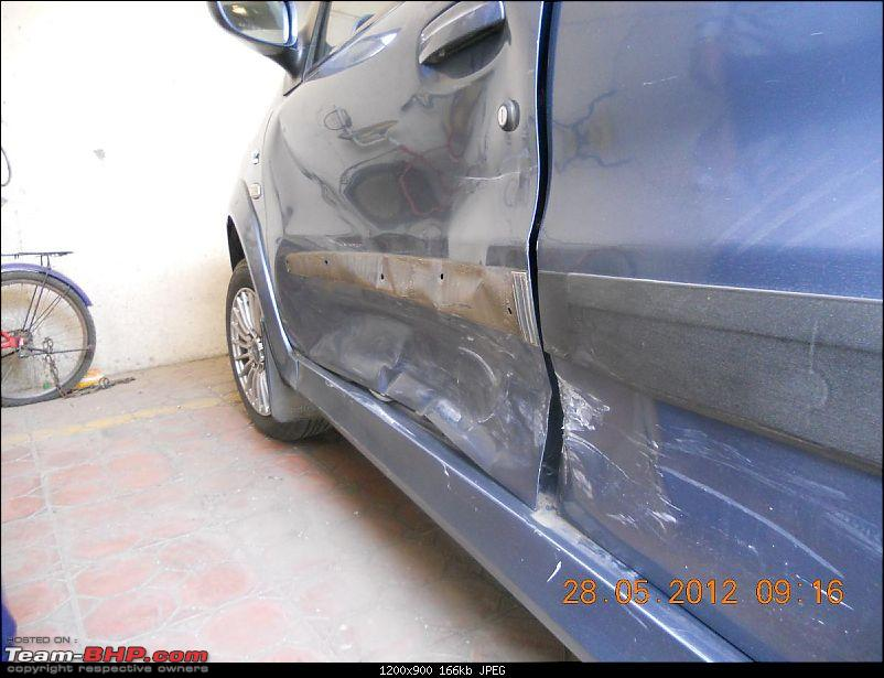 Tata Indica DLX - 150,000 kms & beyond-another-view-damage.jpg