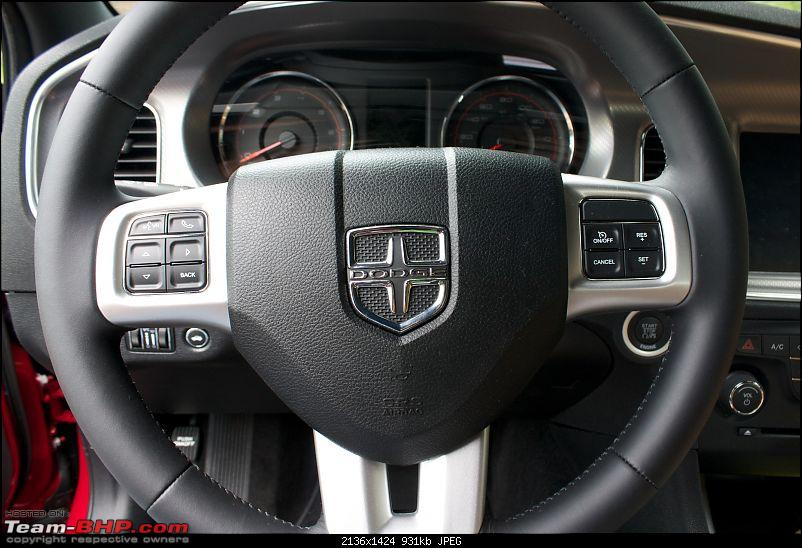 Team BHP's First! Hemi Powered 2012 Dodge Charger-steering-wheel.jpg