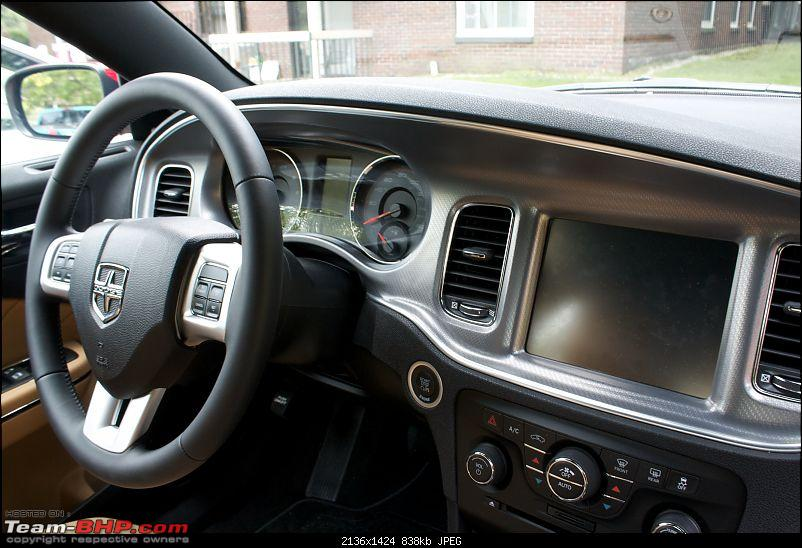 Team BHP's First! Hemi Powered 2012 Dodge Charger-dashboard.jpg