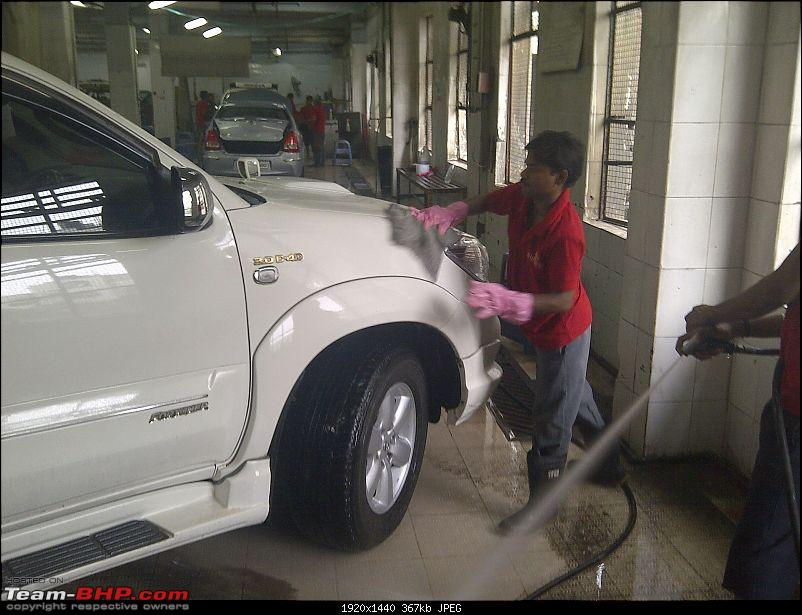Obelix, the Invincible Toyota Fortuner! 1,67,000 km and going strong!-img2012071300812-exterior-shampoo.jpg