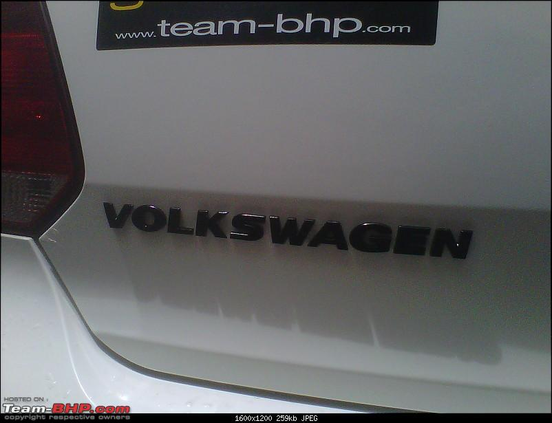 My Polo gets BLACK badges!-img00674201208021101.jpg