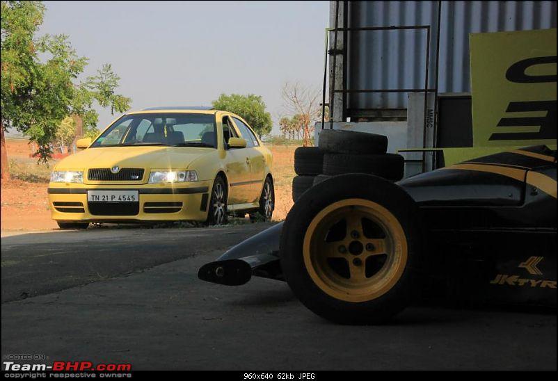 PICS : Tastefully Modified Cars in India-578698_313139768811994_2048724415_n.jpg