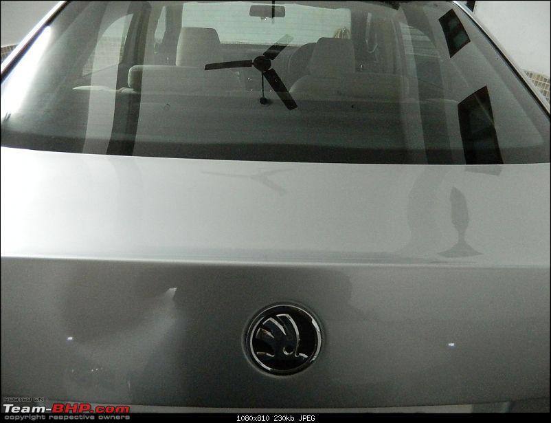 PIC: A Personalised Team-BHP Garage Door!-dscn0872.jpgs.jpgs.jpg
