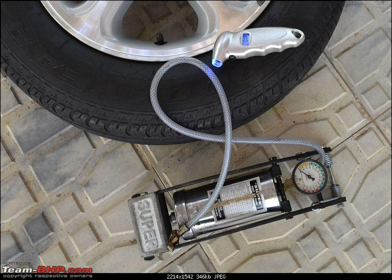 Tyre pressure gauge and portable inflator pump / foot pump-dsc_1082.jpg