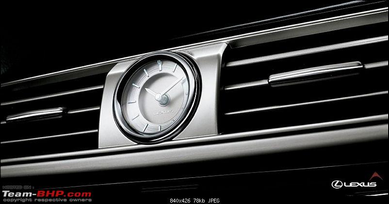 Exotic Dash-Clocks!-120811lexuslspreviewanalogclock.jpg