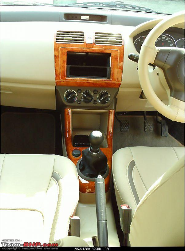 Swift with beige interiors/wooden trims. Good or bad ??-pict0010.jpg