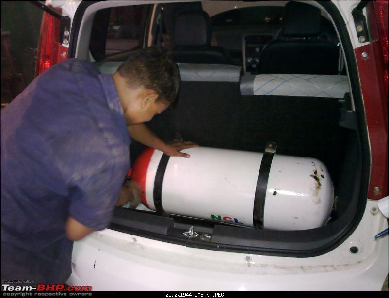 Maruti Suzuki Ritz  Petrol to CNG conversion-16062010178.jpg