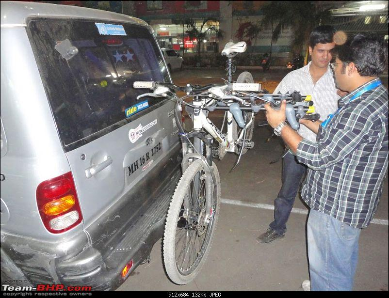 PICS : Hitch Mounted Bicycle Rack on my Mahindra Scorpio-dsc02307_i.jpg