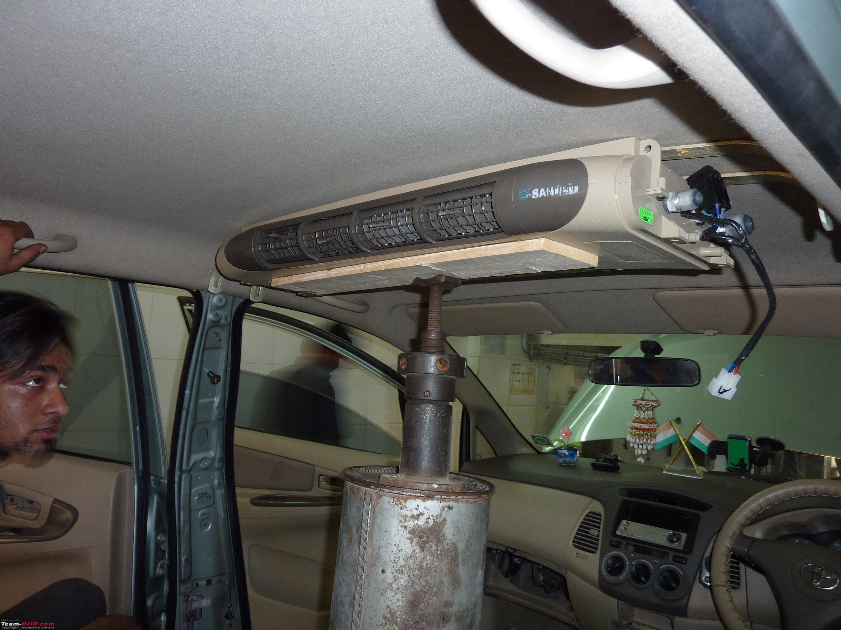Rear aircon blower for mpv