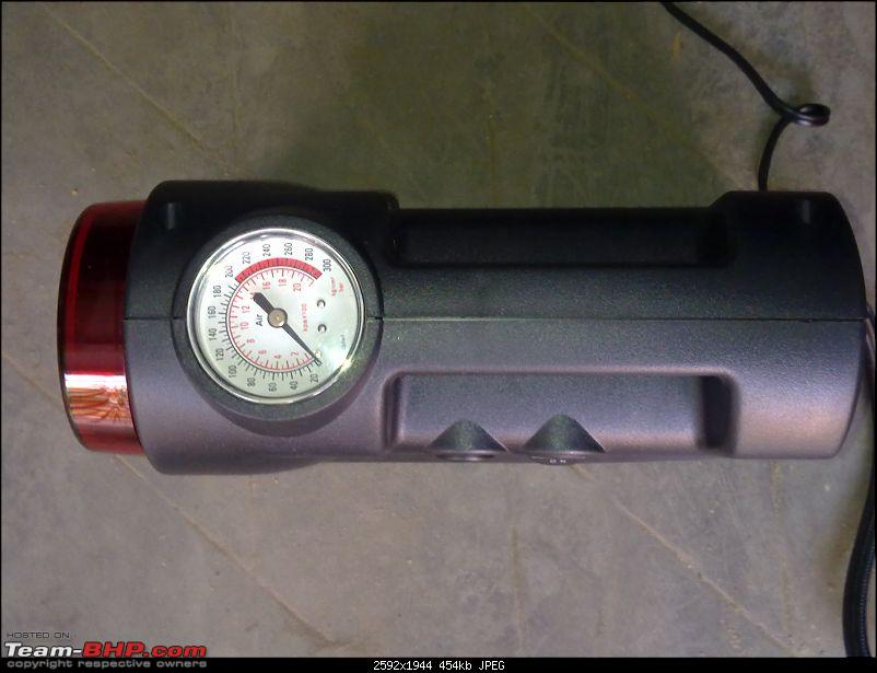 Tyre pressure gauge and portable inflator pump / foot pump-12102011370.jpg
