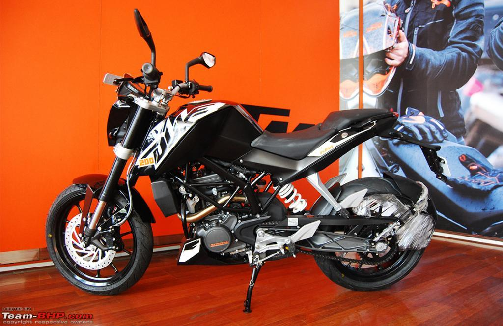 Ktm duke 200 launched an introductory price of rs 117500