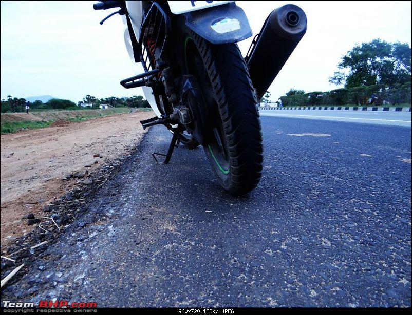 My Karizma ZMR. EDIT: 100,000 km up!-kari_burn_tyre.jpg