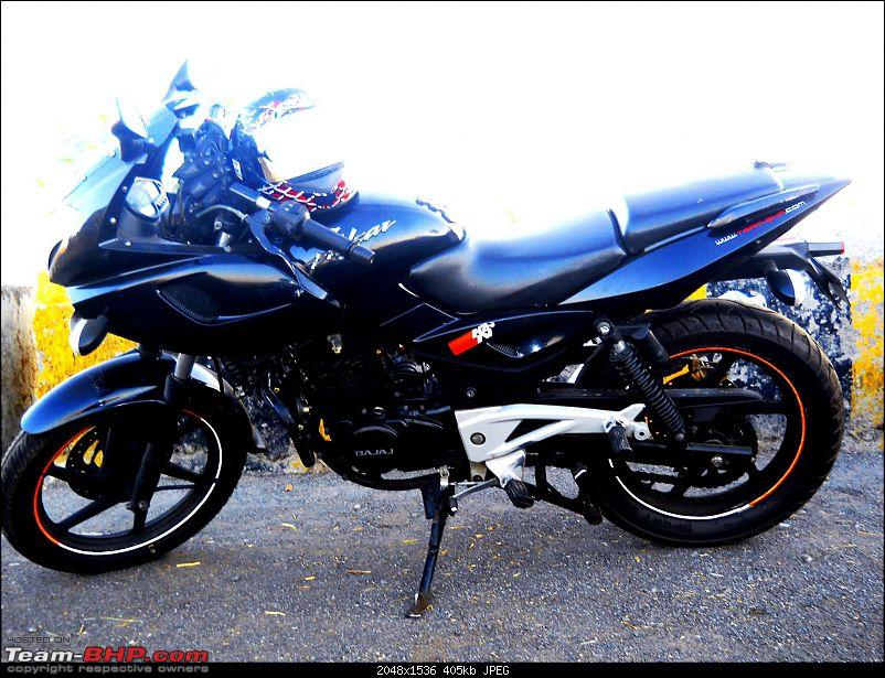 Cosmetic Modifications on a Pulsar 220-bike.jpg
