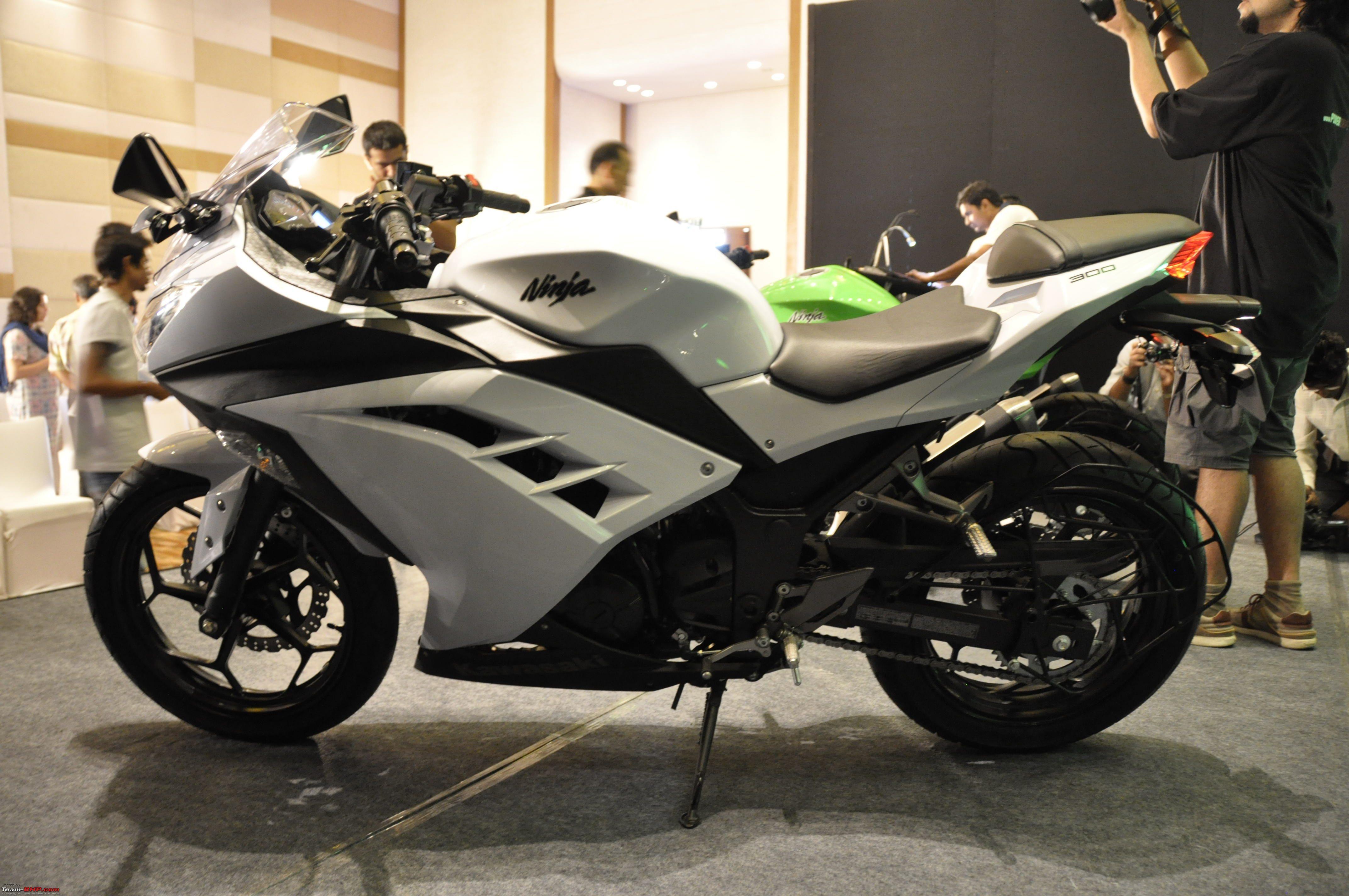 Bajaj Probiking Launches The Kawasaki Ninja 300 At Rs 350 Lakhs