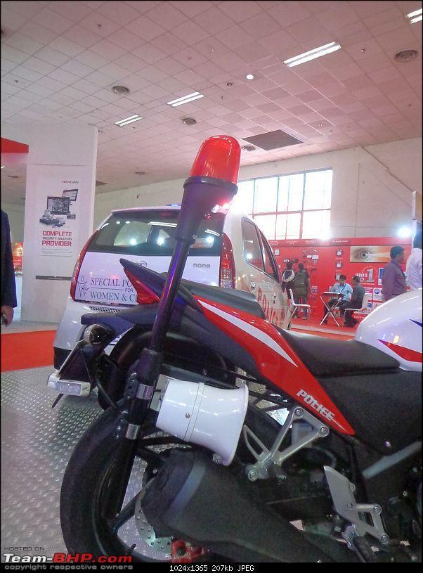 Honda CBR 250R Police Edition showcased-police-model-design-honda-cbr-250r-2.jpg