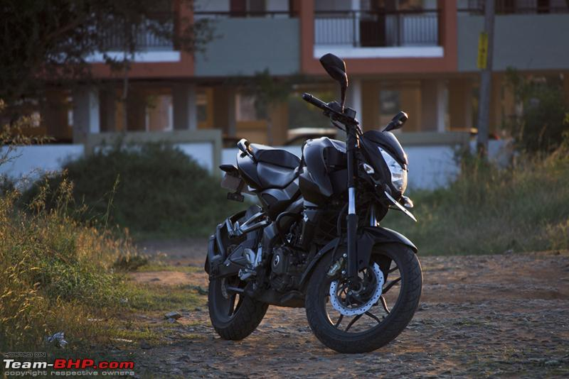 My Black Pulsar 200ns Team Bhp