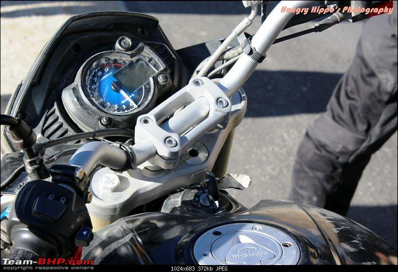 PIC : Mahindra's Mojo 300cc caught testing near Pune. EDIT: Now Launched-iimg_1673.jpg