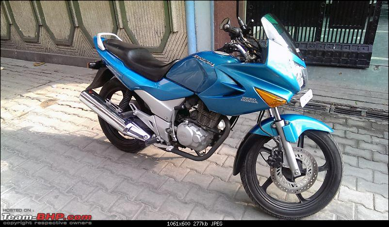 Japanese Tourer with comfy pillion seat: No replacement for the Karizma?-karizma-2004-25032014_1.jpg