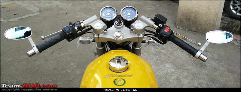 Me, myself and the Enfield Continental GT-cockpit.png