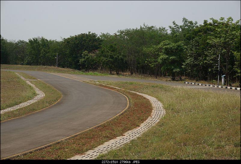 Report, Pics & Video: Bajaj Pulsar RS200 ridden at the factory test-track-8pulsar.jpg