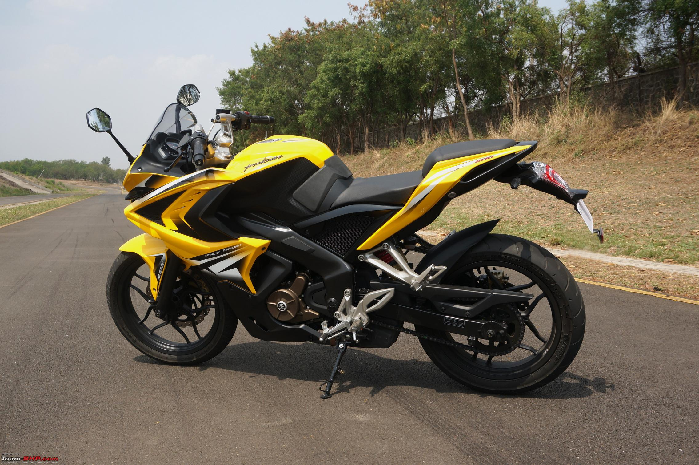 Report Pics Video Bajaj Pulsar Rs200 Ridden At The Factory Test