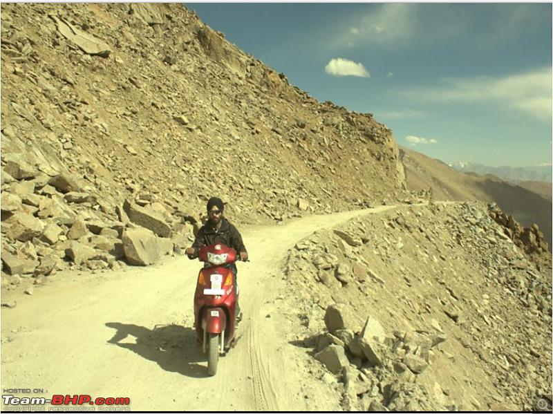 YObykes electric scooters scale Ladakh-yobyke-en-route-khardung-la_pic-6.png