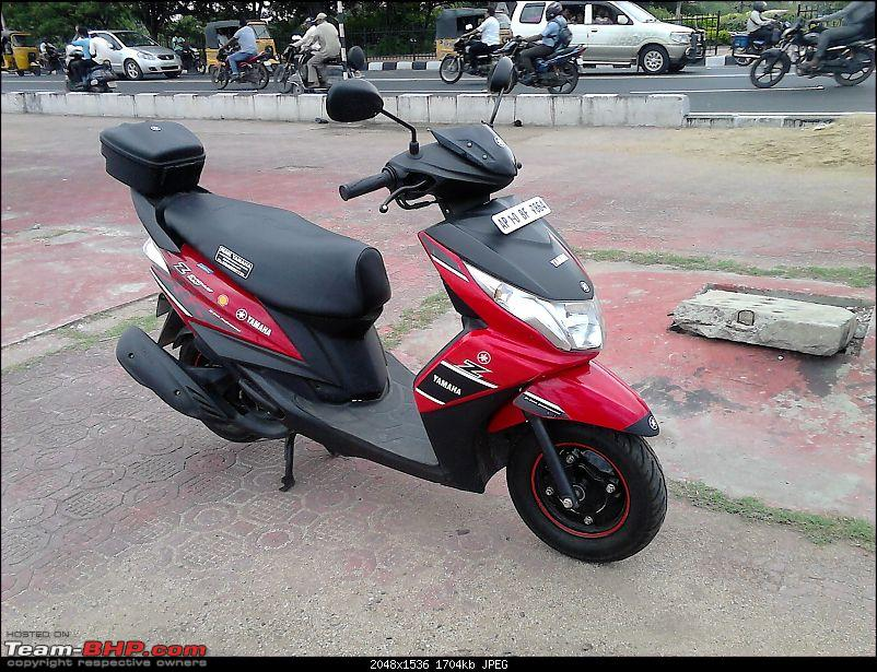 Yamaha's Male Scooter, Ray Z-4.jpg