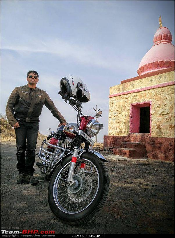 All T-BHP Royal Enfield Owners- Your Bike Pics here Please-bullet_10y2.jpg