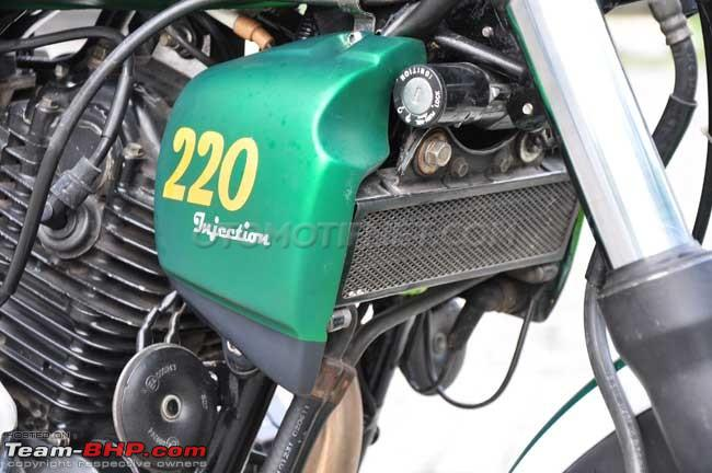 Name:  BajajPulsar220FmodifiedintoretroclassicinIndonesia5.jpg