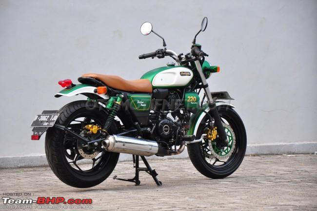 Name:  BajajPulsar220FmodifiedintoretroclassicinIndonesia6.jpg Views: 1677 Size:  76.3 KB
