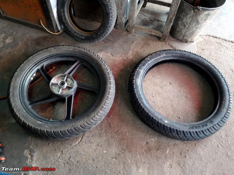 Name:  Karizma MRF Tyre Change 22052016_14.jpg
