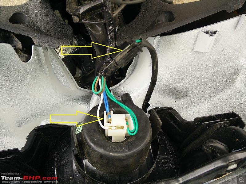 Honda Activa DIY: Headlight upgrade and LEDs for indicators + tail lamps-3.-disconnect-headlight-pilot-lamp-coupler.jpg