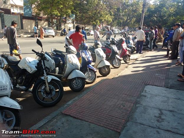 Name:  Scooters Queuea.jpg